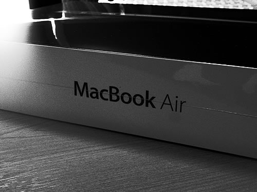 MacBook Airの箱